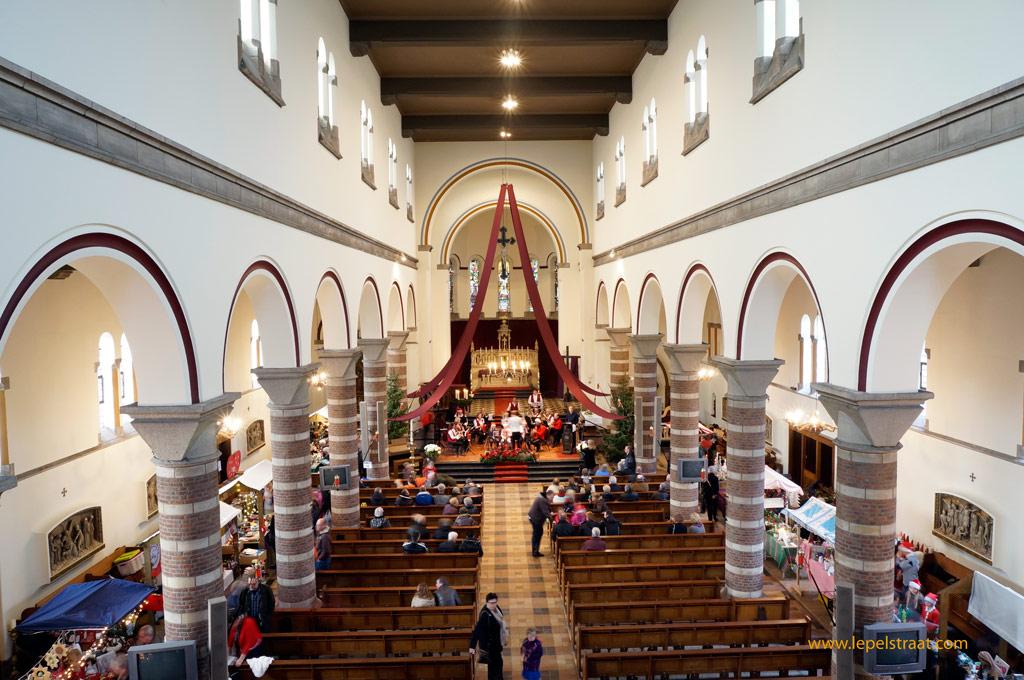 Kerstmarkt sint antonius van padua lepelstraat